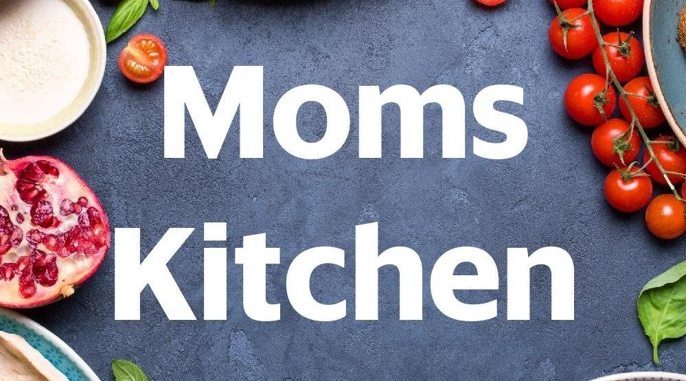 Menu & Review Moms Kitchen - South Quarter Building