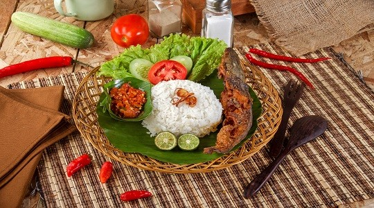Menu & Review Sambal Petir Bang Oda - Malaka Jaya