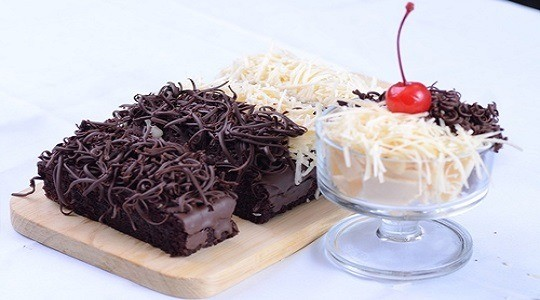 Menu & Review Coklat Bluebery - Pisangan