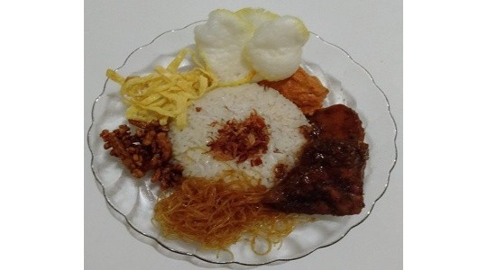 Menu & Review Nasi Uduk NN - Pulo Gebang