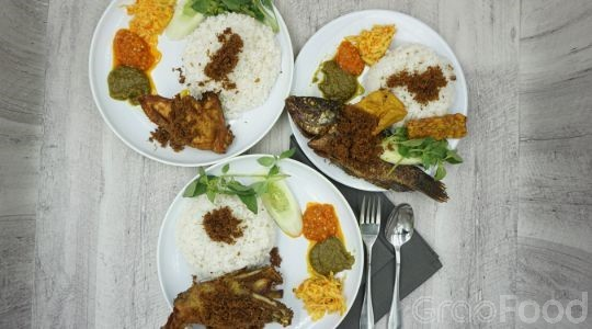Menu & Review Nasi Bebek Sinjay - Masigit - Cilegon