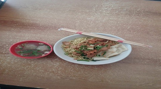 Menu & Review Bakmi Mas Dar - Serdang