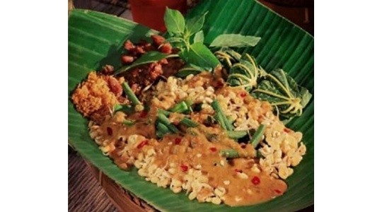 Menu & Review Nasi Pecel Madiun Balqis Food - Bendungan Hilir