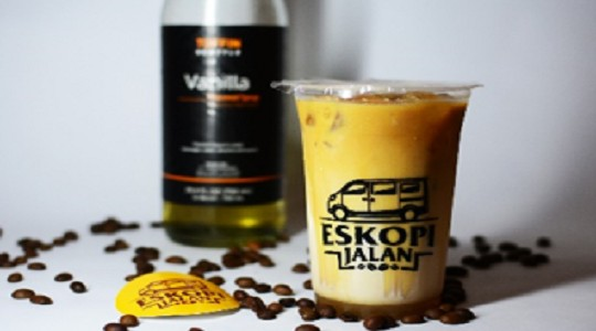 Menu & Review Es Kopi Jalan - Cibiru Hilir - BDO - South East